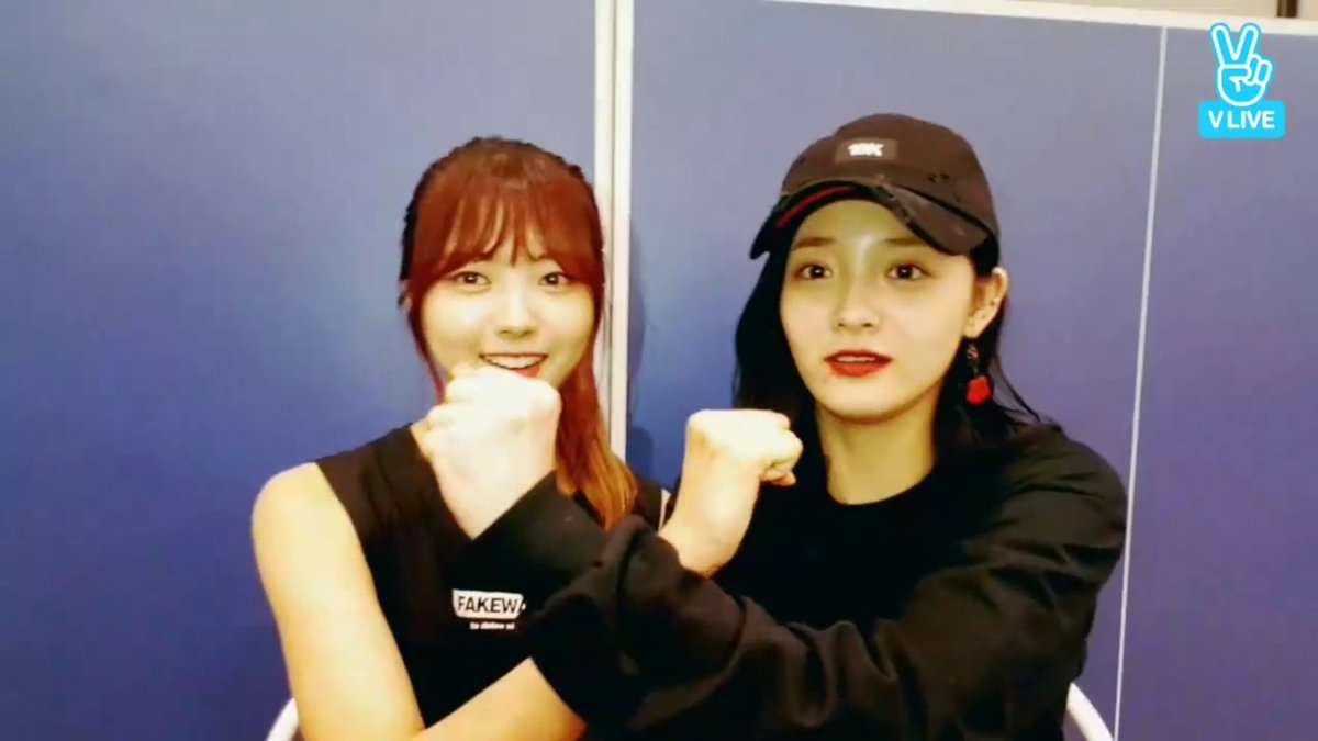 RT @vocalistbyul: NAPINK: NaKyul cross! Have a happy Chuseok   This ends the thread thanks for reading 😊 https://t.co/w0nfu0QktH