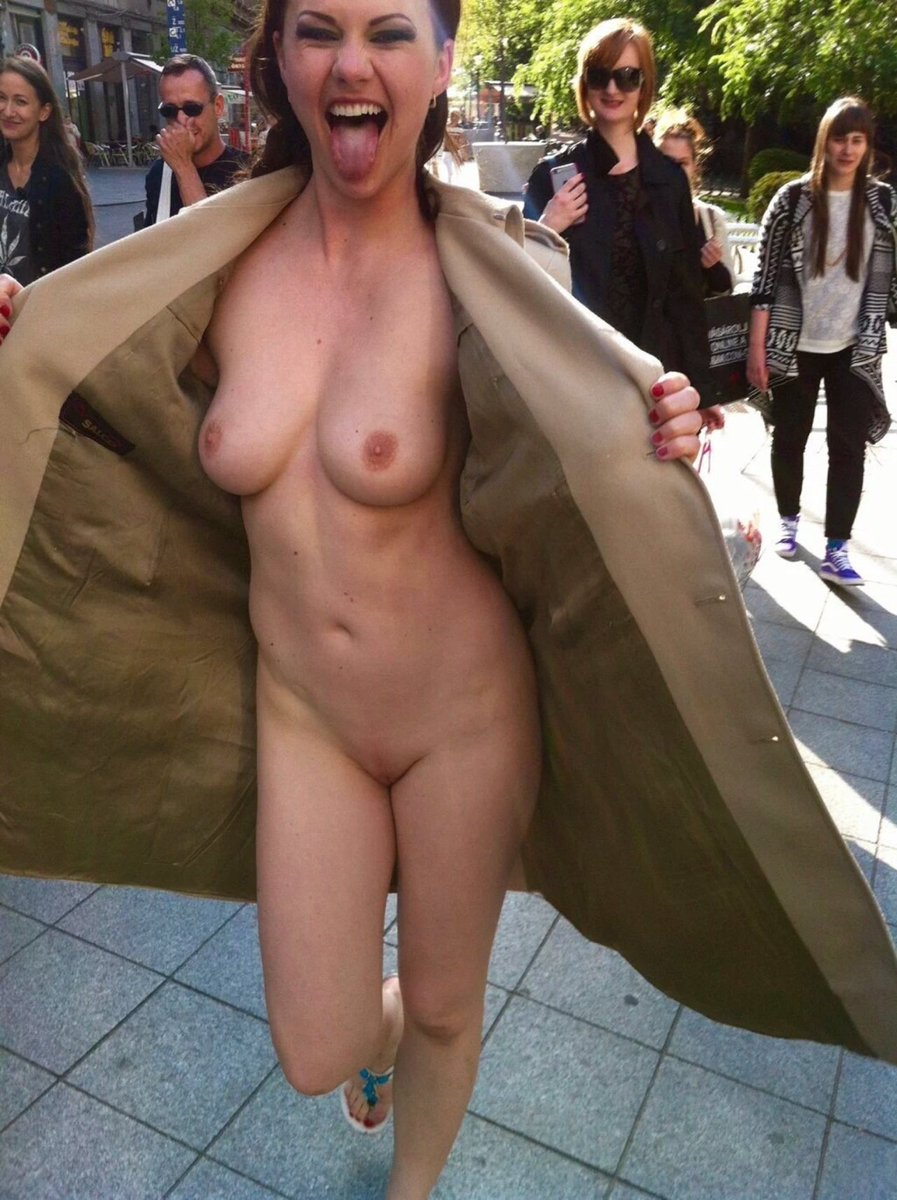 female flashing naked body