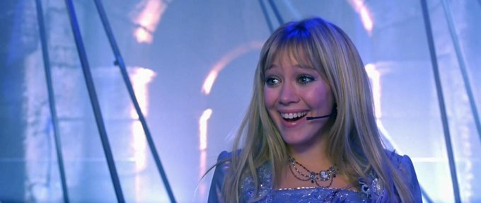 Happy Birthday Hilary Duff!  Thanks for teaching us 90s kids what dreams are made of.