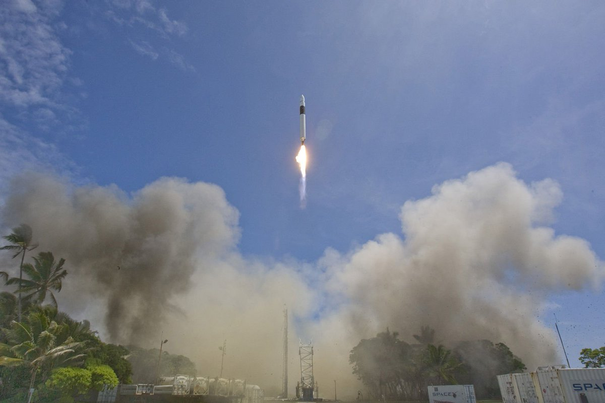 Nine years ago today, Falcon 1 became the first privately developed liquid fuel rocket to orbit Earth. https://t.co/Aa0ITkuJET