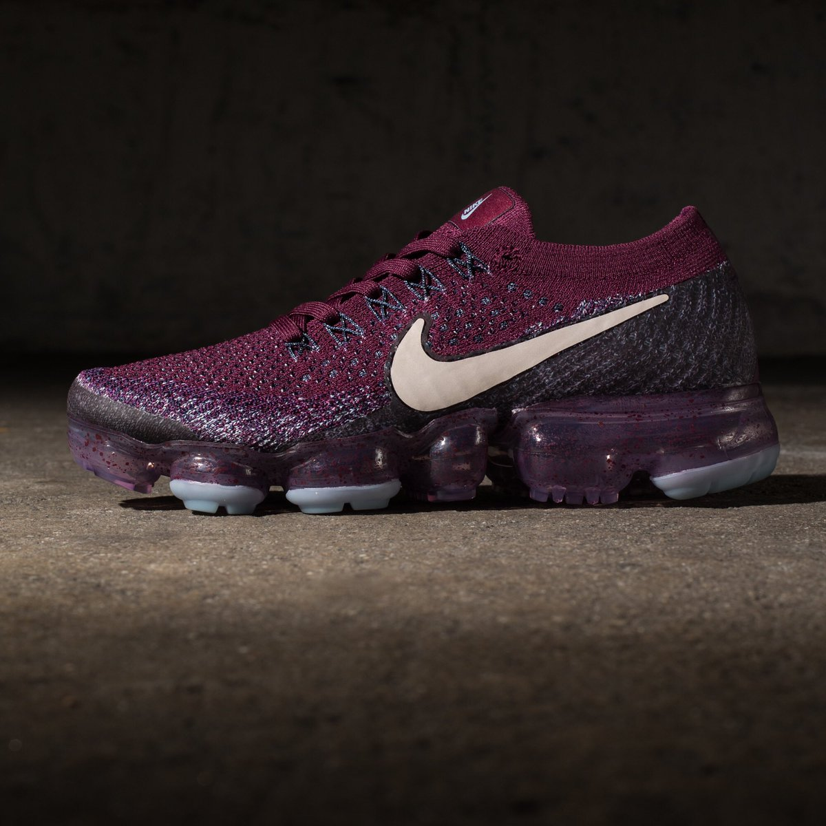 new style d8fdf 2a53f NikeLab Womens Air VaporMax Flyknit