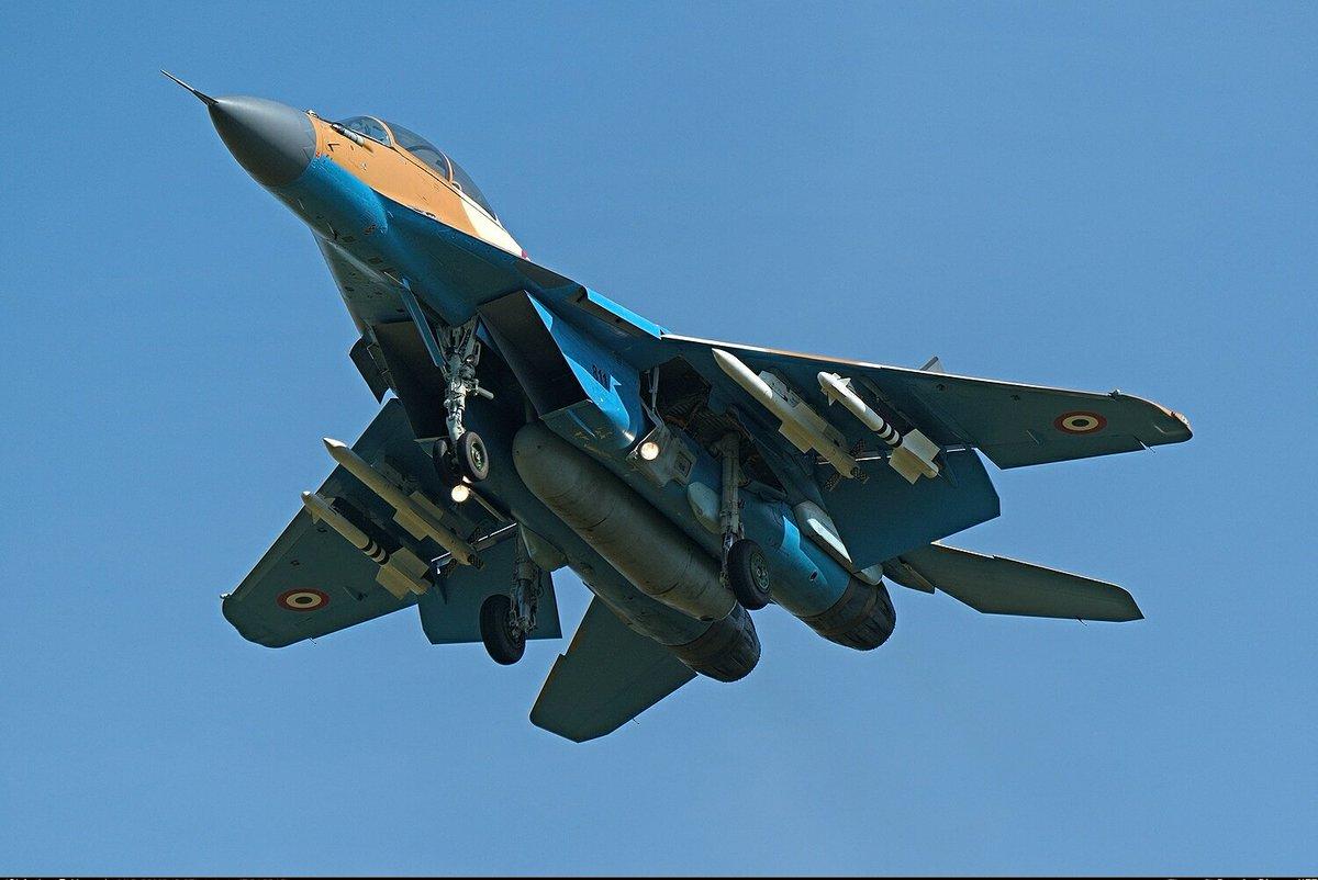 """50 مقاتلة من طراز """"ميغ-29"""" إلى مصر DK4P5oYX0AAwgwc"""