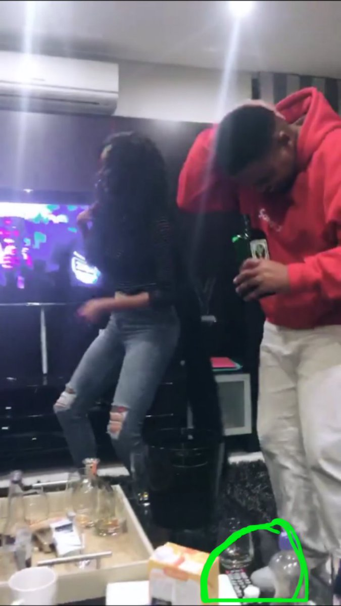 """Iamstrong on Twitter: """"This girl is working overtime ...trying to destroy  Bonang and AKA...check the dirty knees👇👇about cocaine…  https://t.co/Io9fgNonNV"""""""
