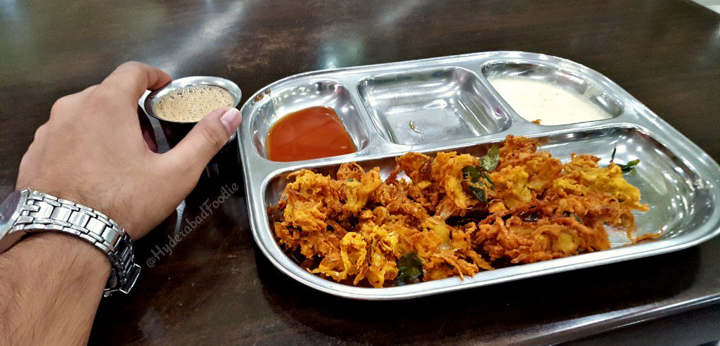Hello #World ,  #Hyderabad #Weather #Snack #Pakoda #Irani #Chai  #Period  P.S. I need not say anything more. <br>http://pic.twitter.com/e5KxJPfgAf