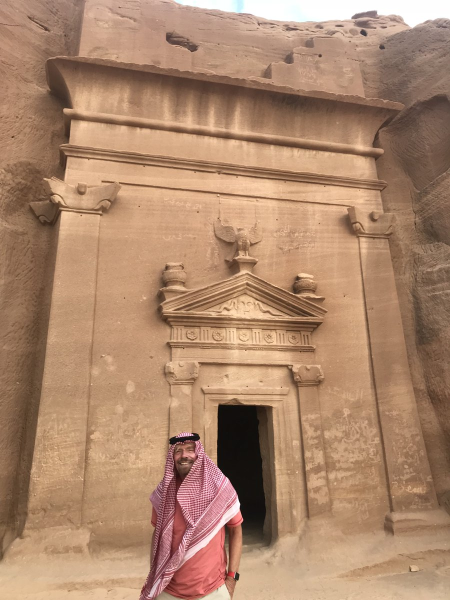 Visited incredible UNESCO World Heritage Site, Mada'in Saleh. Privelige to see this awe-inspiring ancient ruin https://t.co/jIFLJ10wBe