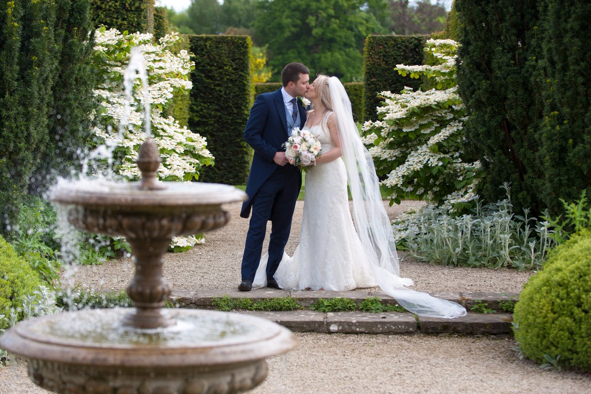 Don't miss our #weddingshowcase Open Day next Sunday 8th Oct @LoseleyPark #loseleyhouse, #tithebarn & #walledgardens open for viewing 💙