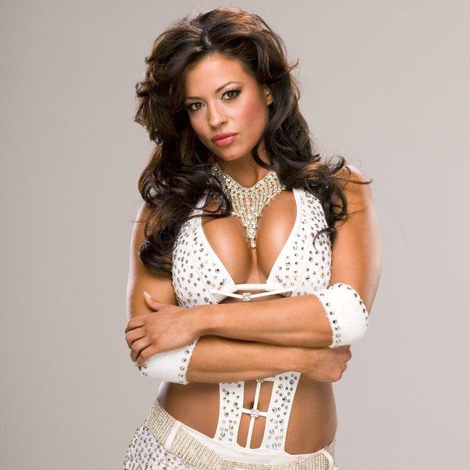 Happy Birthday to former Women\s Champion, Candice Michelle (