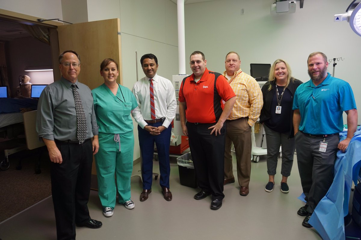 #iEXCEL simulation staff &amp; Department of Surgery evaluate innovative new technology from @GaumardInFocus #iEXCEL #Simulation #Gaumard <br>http://pic.twitter.com/5FkwplV9YZ