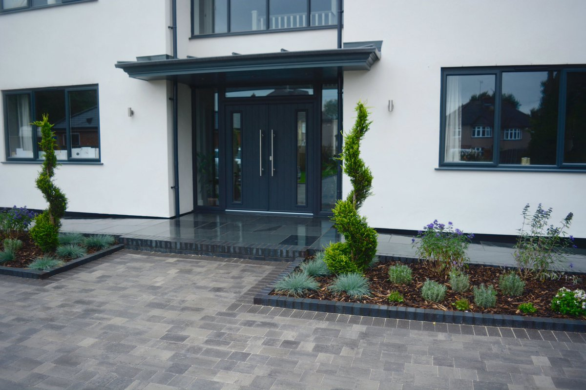 Paramount Paving On Twitter Before And After Pictures Of Driveway