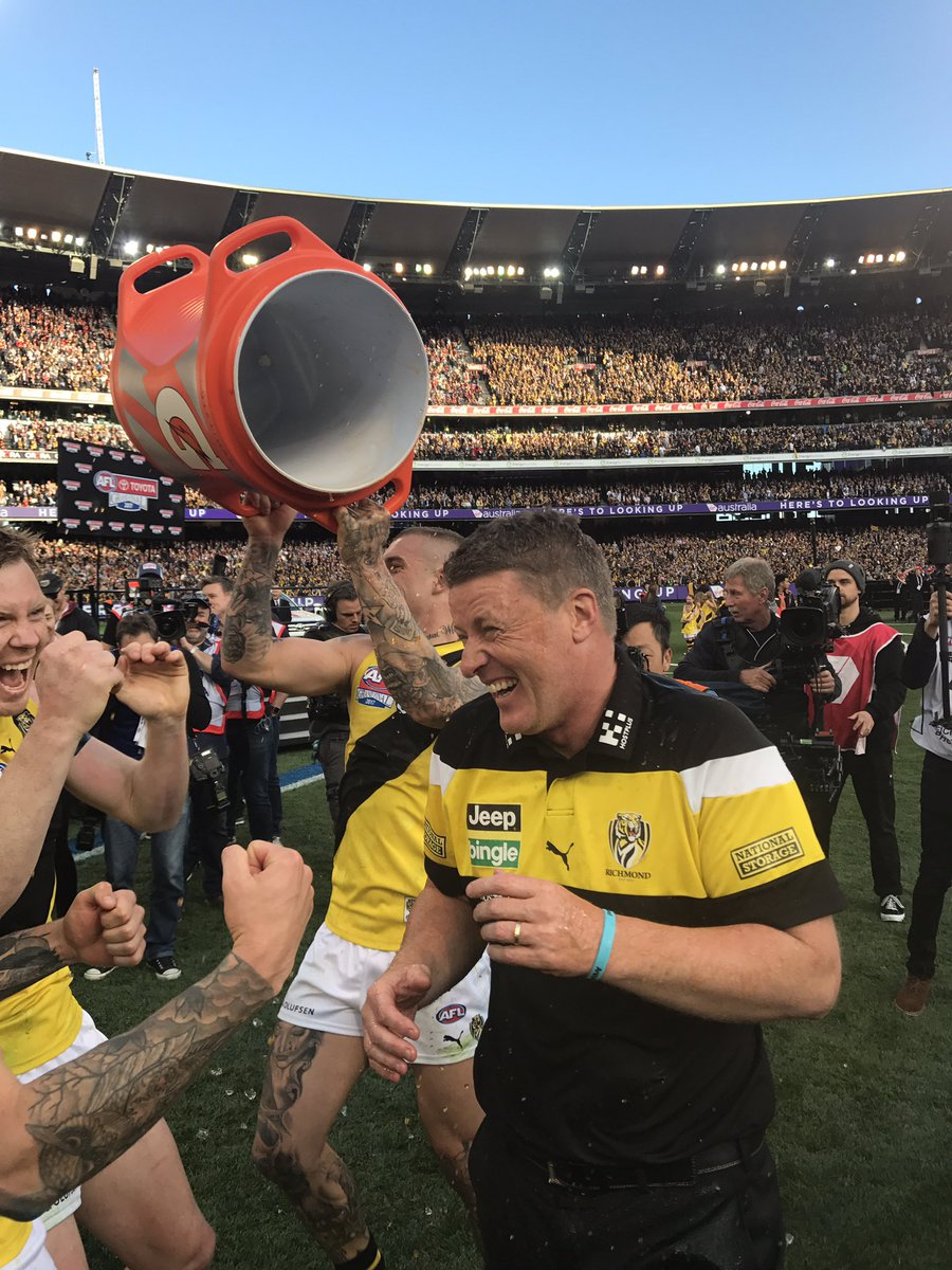 Richmond Tigers beat Adelaide Crows by 48 points in 2017 AFL