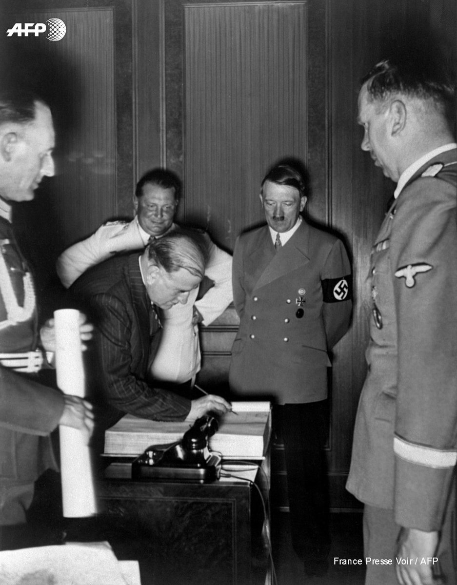 In 1938 British French And Italian Leaders Held Talks With Adolf