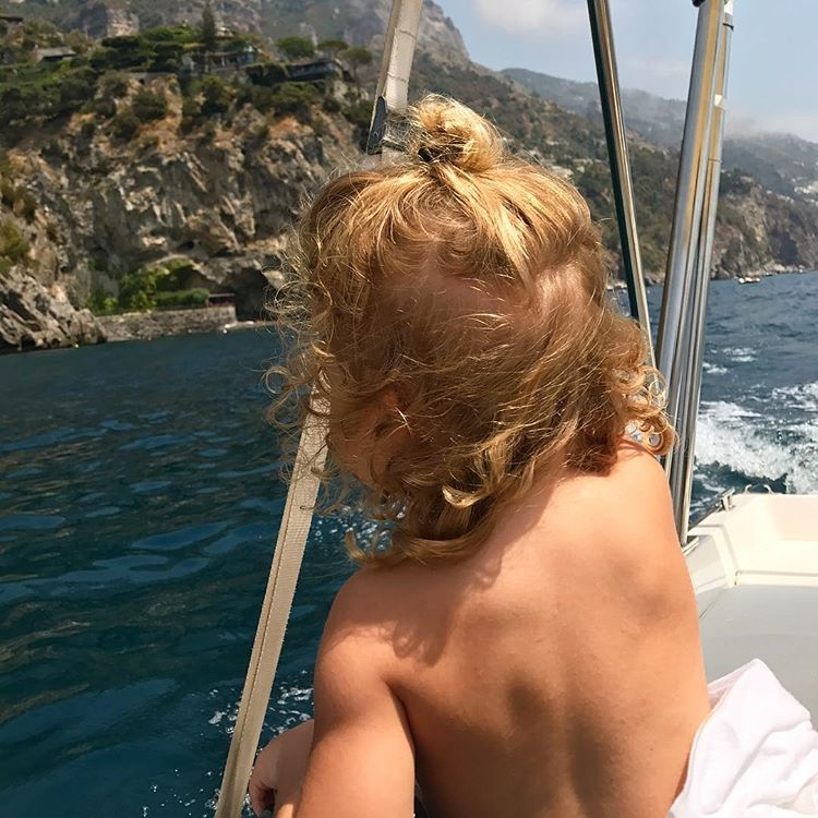 Elisabetta Canalis Auguri gioia della mia vita, sole delle mie ...Happy birthday scamorzetta!