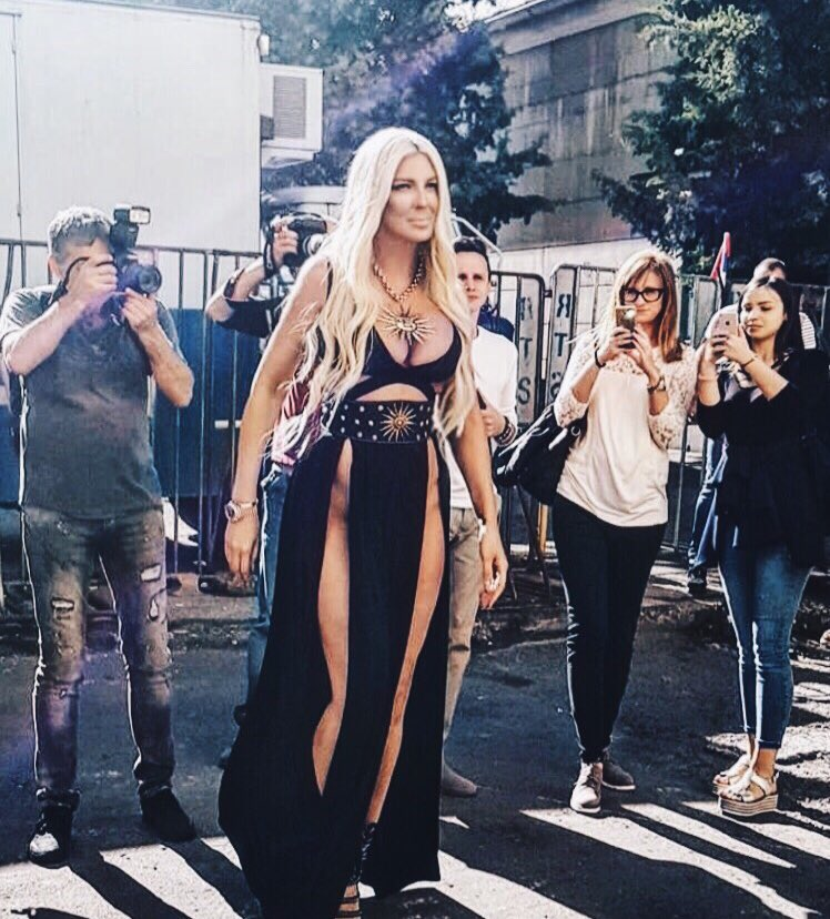 "JELENA KARLEUSA ARMY on Twitter: ""Arriving today on set ..."