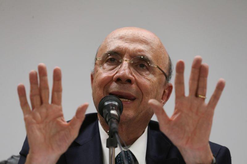 Meirelles: conselho da Caixa decidirá sobre saída definitiva de vice-presidentes. https://t.co/Moc9Nta3eq 📷 Fabio Rodrigues Pozzebom/ABr