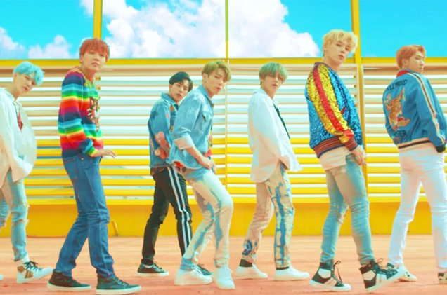 .@BTS_twt unveil 'Love Yourself: Her' album & 'DNA' video https://t.co/ao5TmKqmvj