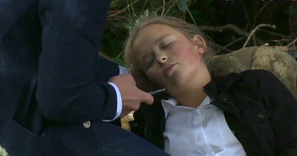 #Emmerdale Liv collapses after Robert poisons her - what happens next? https://t.co/DNS1gRQU1L…hat-happens-next/