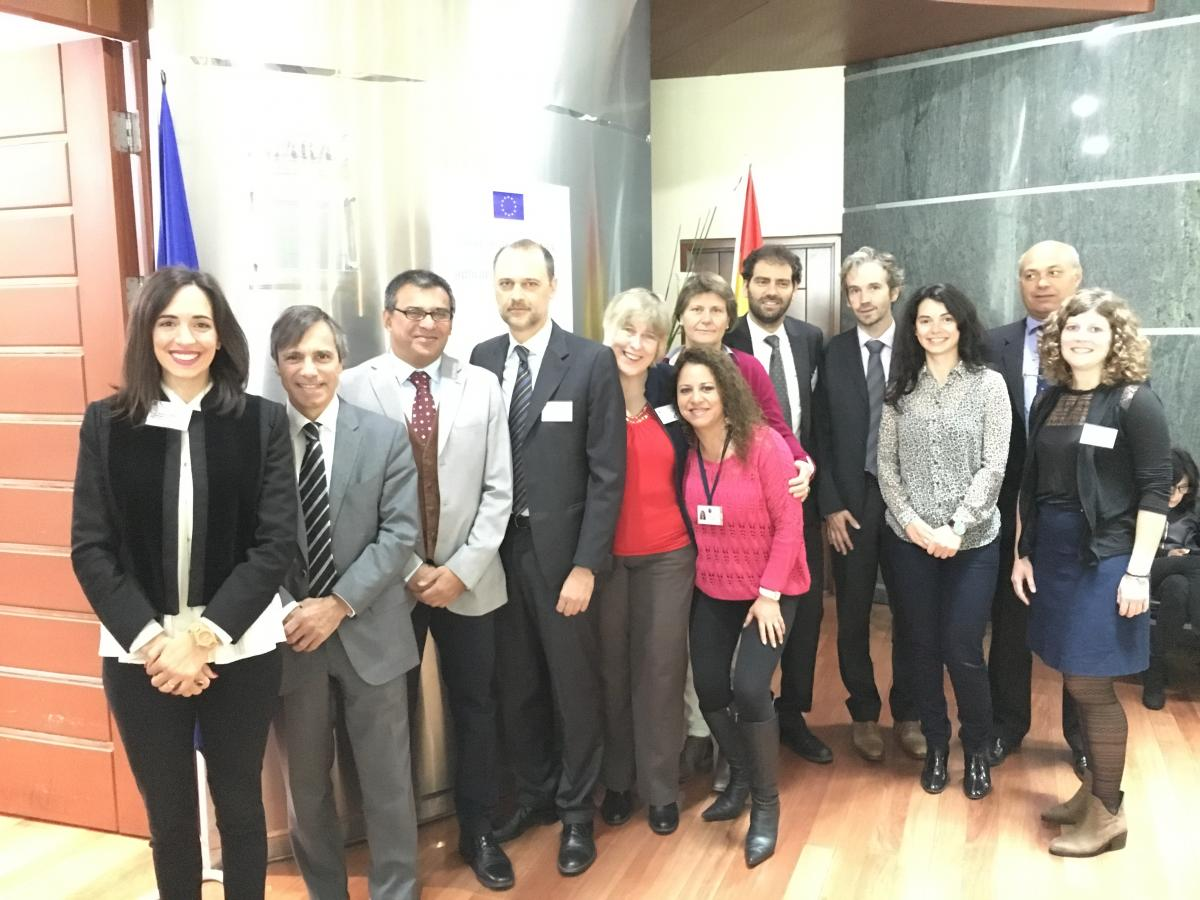 Proud to be part of the #SpaceTeamEU #EUTAIEX Multi-Country Workshops on #Space #Applications in Chile &amp; Bolivia  http://www. copernicus.eu/news/taiex-mul ti-country-workshops-space-applications &nbsp; … <br>http://pic.twitter.com/JWmMqJ3Z61