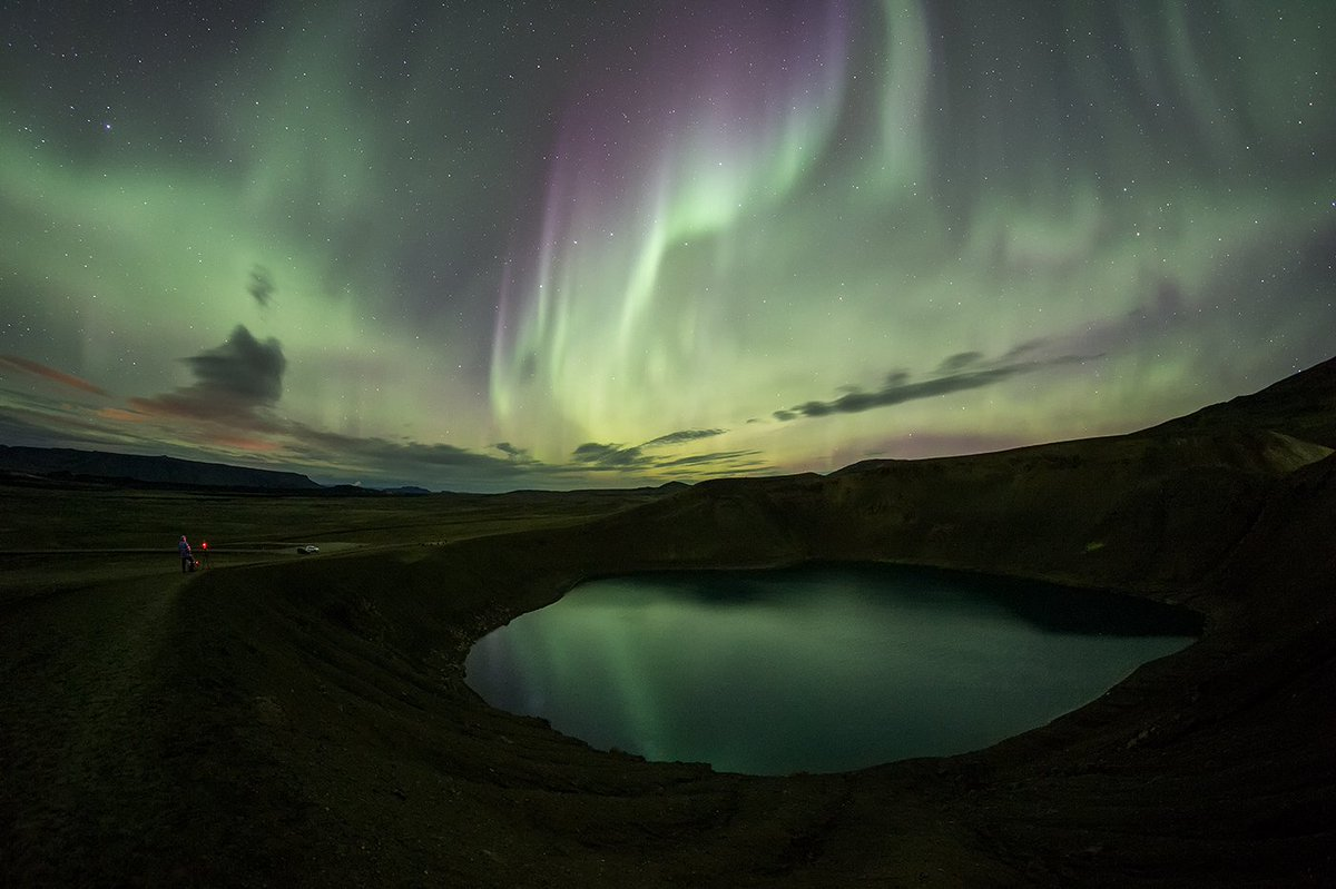 #iceland seems to have a sacred bond between earth and sky. #northernlights in #myvatn last night  #StormHour @IcelandMag @ChloeNabedian<br>http://pic.twitter.com/5VgC0xebM6