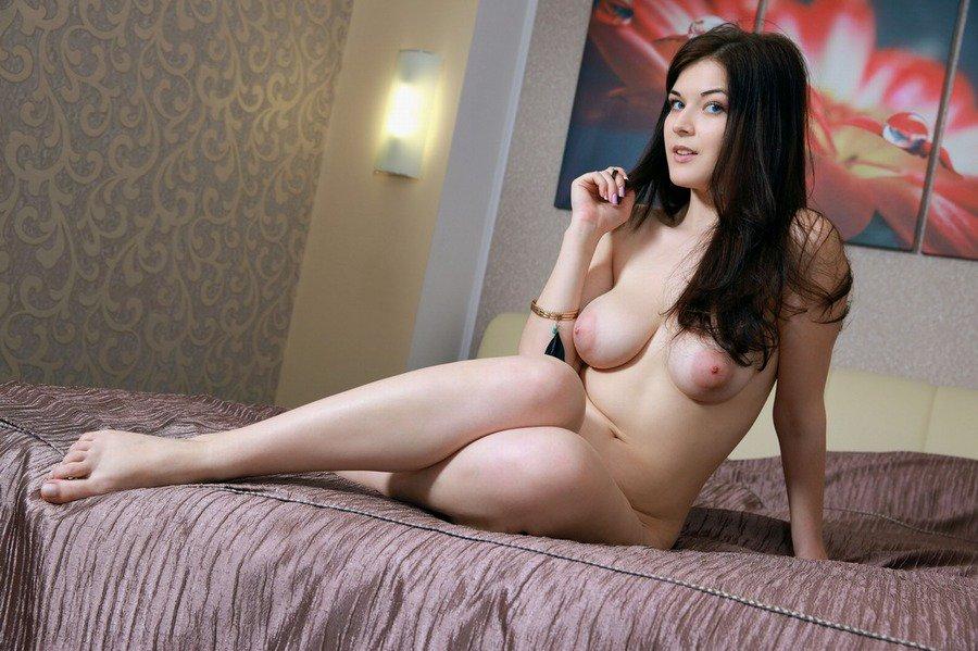 anna rose naked