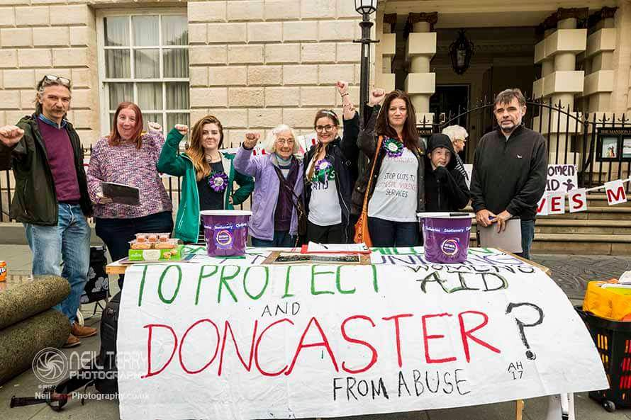 #Doncaster . Tuesday 19th September 10 a.m. mansionhouse join us. PROTEST PROTEST PROTEST! Save Women&#39;s Aid in S.Yorks <br>http://pic.twitter.com/Dw6aIkCKUH