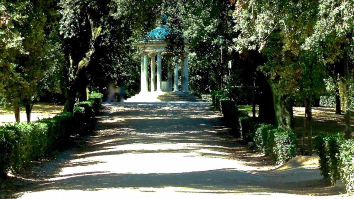 Roma,57enne stuprata a Villa Borghese: trovata nuda legata a un palo #CronacaRoma https://t.co/ctwghzc2Tr