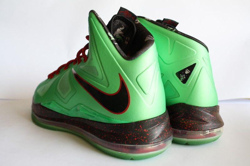 new arrivals 38e90 05620 Buy the Nike LeBron X
