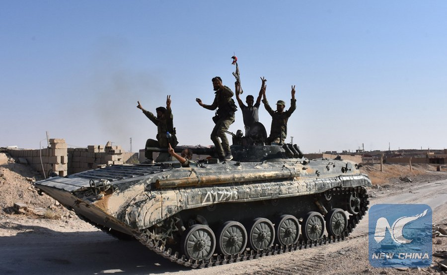 Russia-backed Syrian troops have crossed the Euphrates River. They are fighting #ISIS terrorists near Deir al-Zour https://t.co/EmN3BYXcch