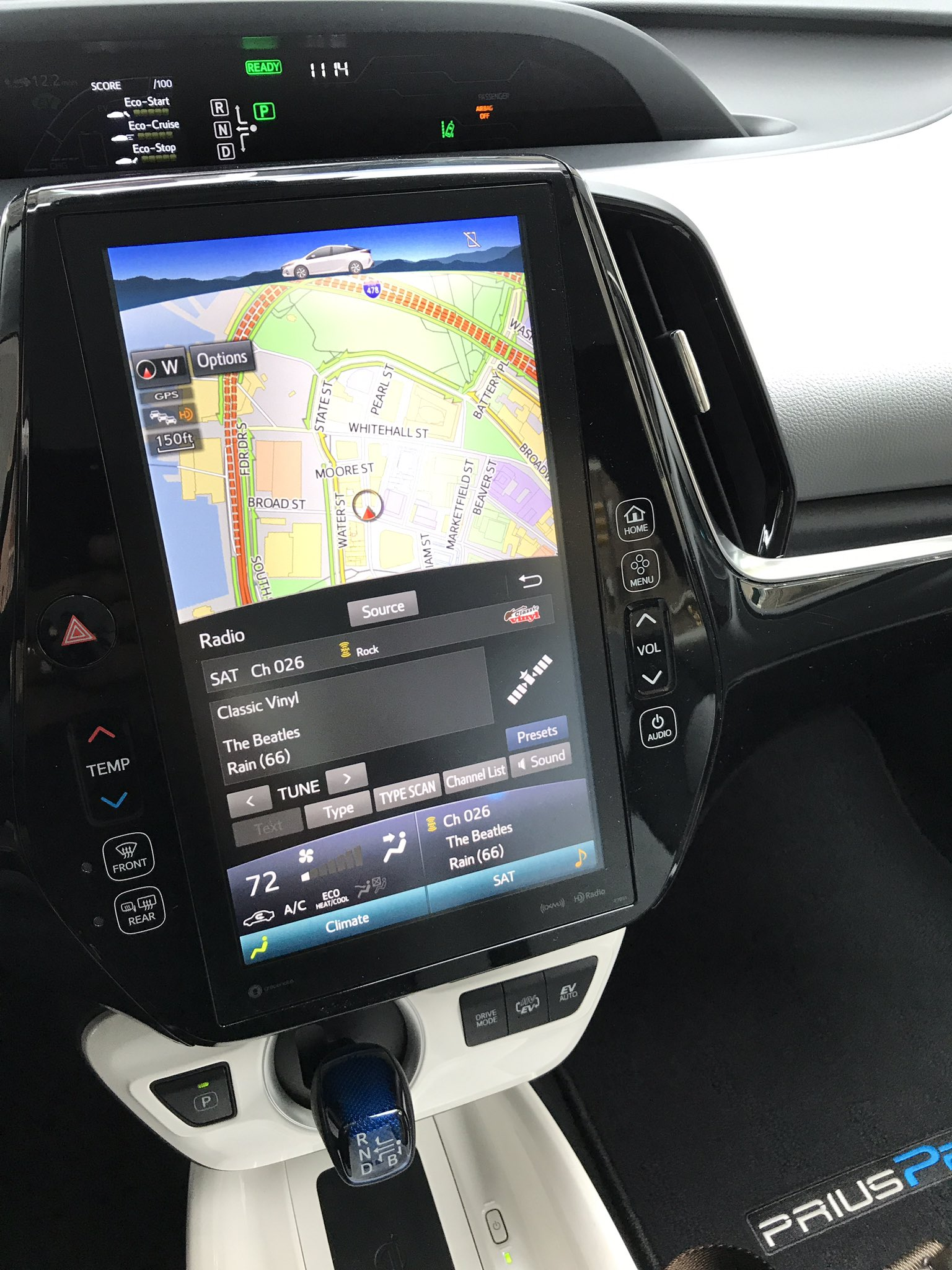 I don't mean to alarm you but this resistive touchscreen UI is in a brand new Prius Prime https://t.co/e2IO7bnBZe