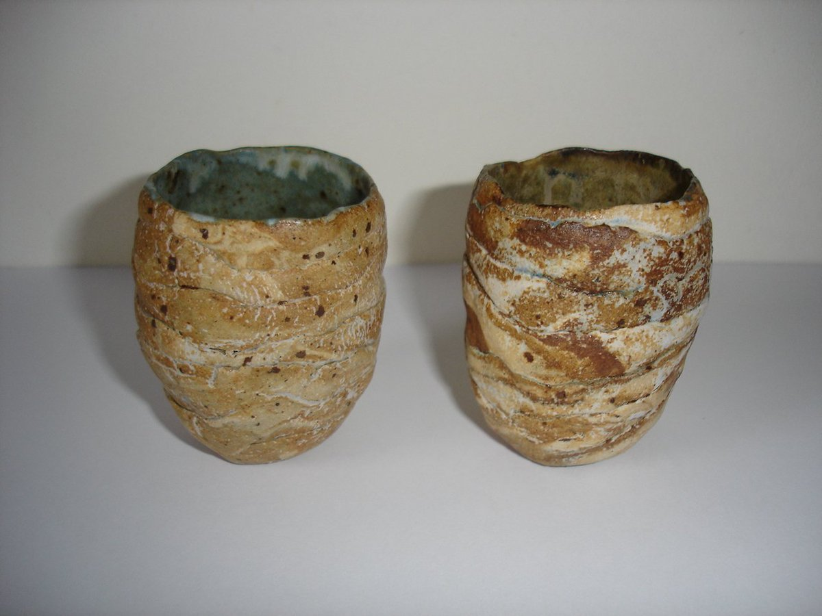 Small drinking cups lovingly built by hand #MemorieofthePeakDistrict collection.  Glaze colours suggest earth &amp; vegetation #madeinderbyshire <br>http://pic.twitter.com/6KJbsRTb3O