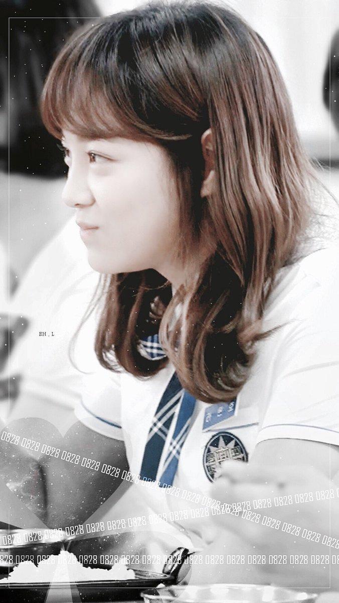 RT @sthnew21: [BG/EDIT].01 김세정 배경화면 -27- #kimsejeong #김세정 #세정 #sejeong #학교2017 #라은호 #X   LINK:: https://t.co/uWwCoXXNaP