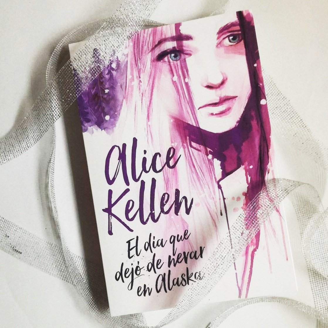 """Alice Kellen on Twitter: """"Os presento a Nilak, el protagonista. Si tuviese  que definirlo con tres palabras, diría que es frío, reservado y...  misterioso ❄… https://t.co/L133H8WuNC"""""""