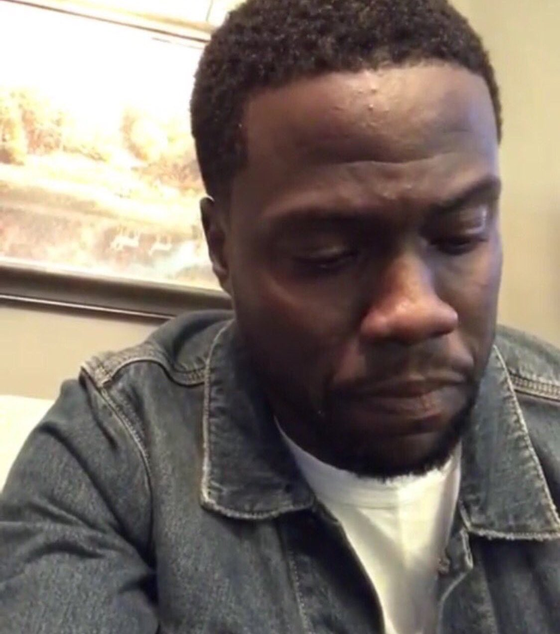 Kevin Hart looked like Mathew Knowles did when he wished Beyonce happy birthday.