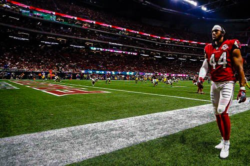 .@AtlantaFalcons source tells me Vic Beasley has a slight hamstring tear and is expected to miss at least the next month.  #ClemsonNFL <br>http://pic.twitter.com/ahXLLUCtWp