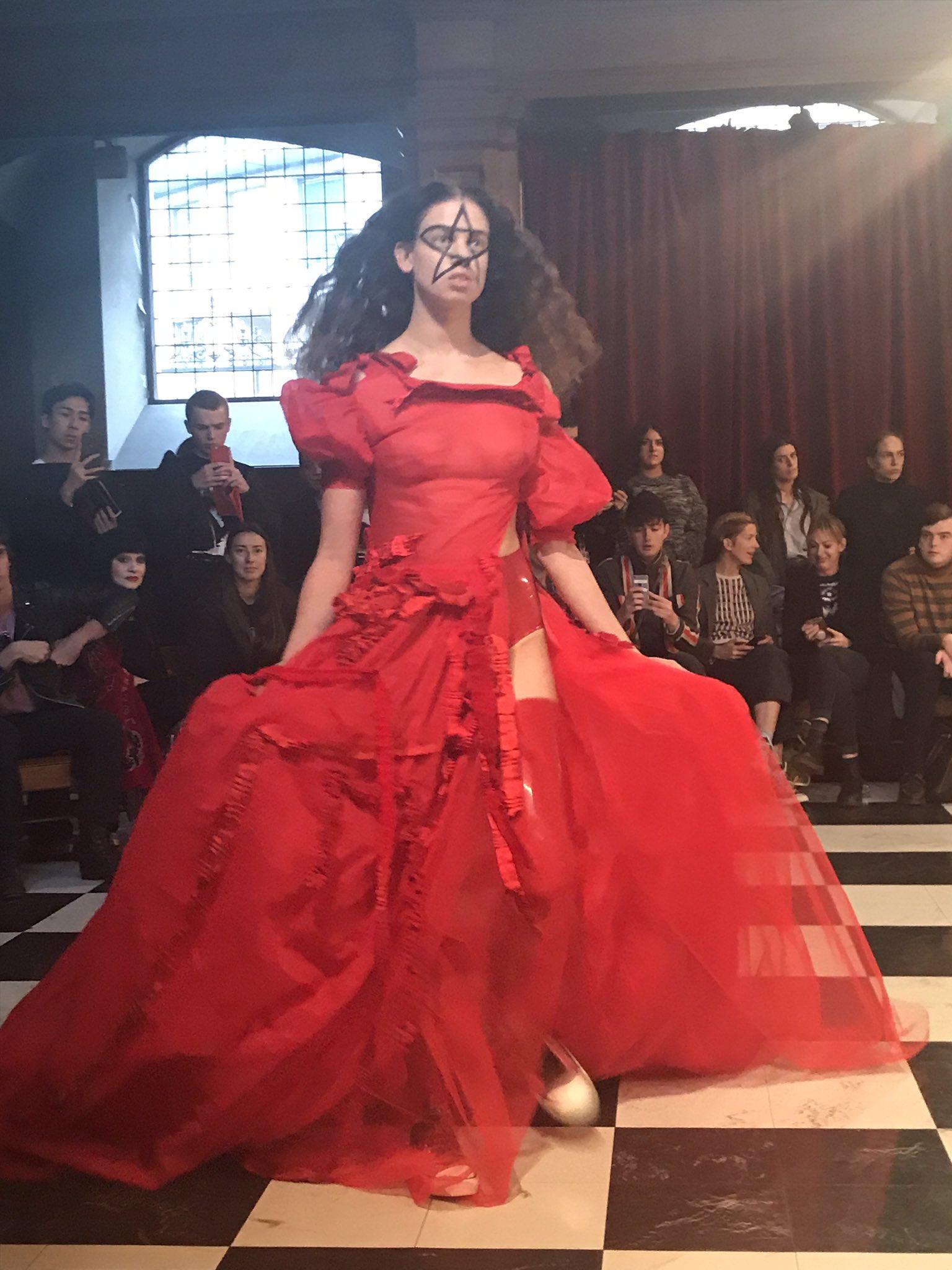 Order of program for church fashion show - Models Made Up Like Skeletons Vampires For Dilara Findikoglu Line At London Fashion Weekhttps T Co Nklzldmjxq Via Femail