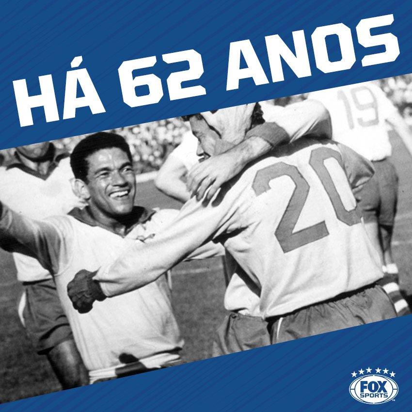 🇧🇷 EM 1955, no Maracanã, Garrincha fazia sua estreia na Seleção Brasileira. O 1x1 contra o Chile, valeu pela Copa Bernardo O'Higgins.
