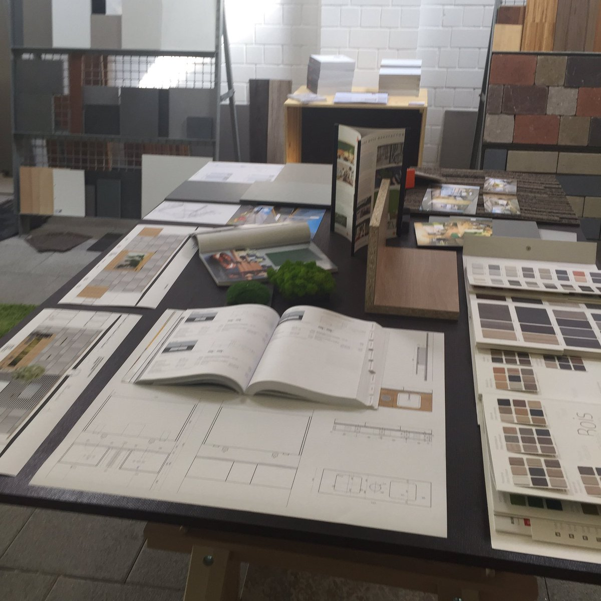 #moodboard for #inspiration - best way to explain a #design #architect #belvederearchitecture #Luxembourg #contern<br>http://pic.twitter.com/BDcDFvIrmT