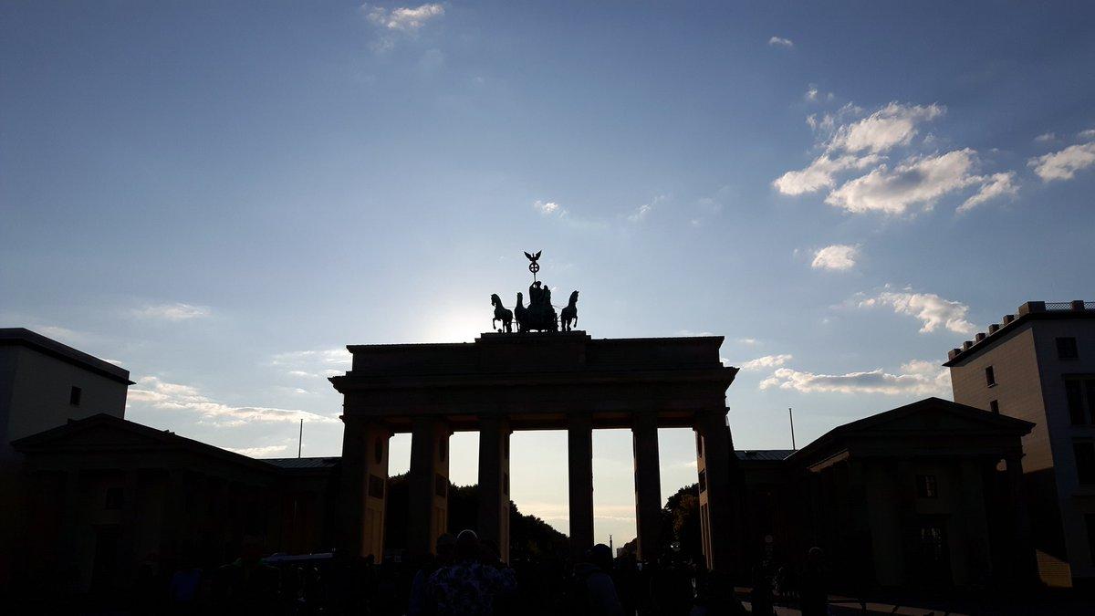 Exciting week ahead in Berlin @EuroSurg @escp_tweets  #IMAGINE #GRANULE #colorectalsurgery #Berlin<br>http://pic.twitter.com/KG8k2ixKKf