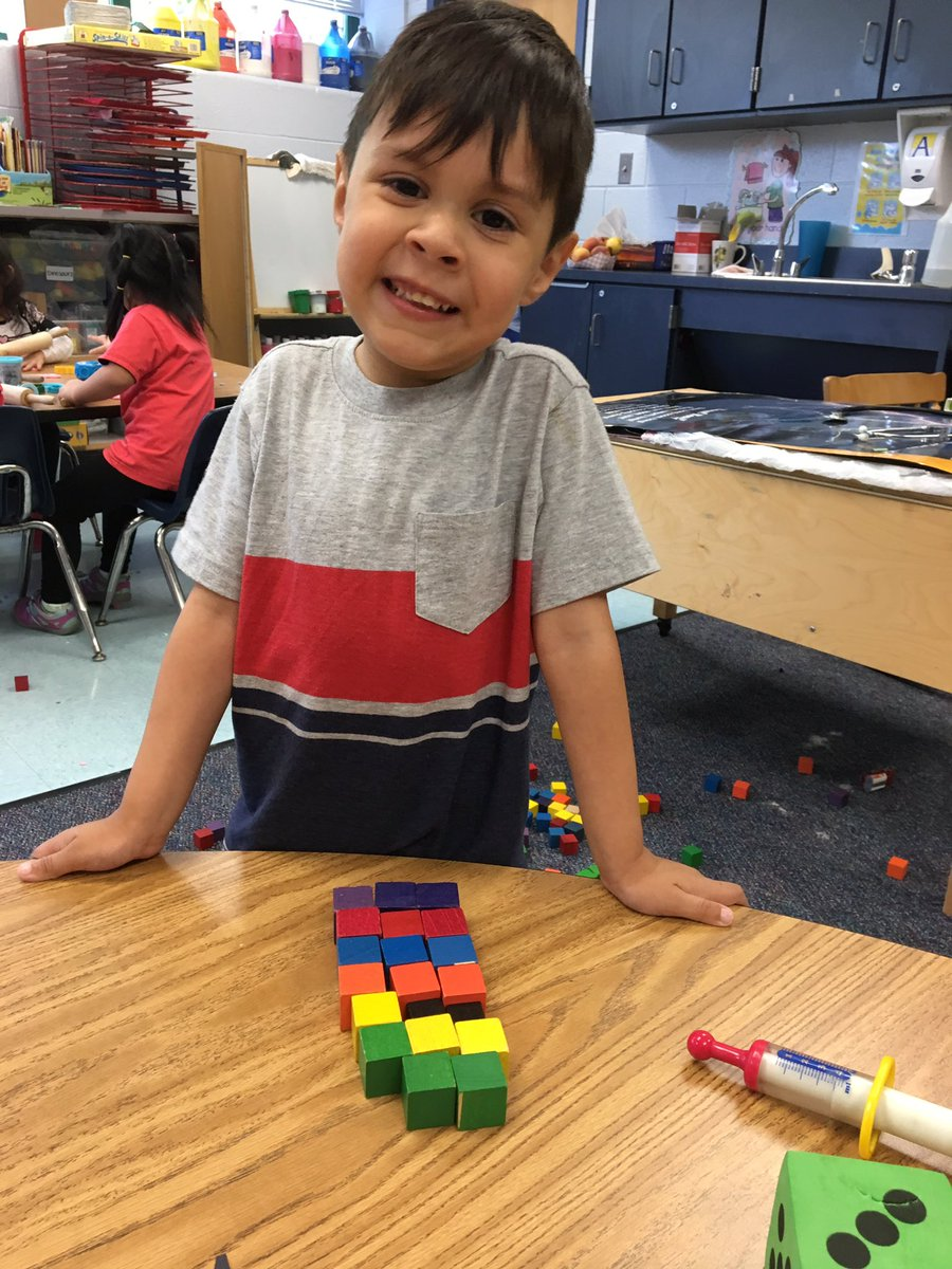 VPI learning about math by sorting by color <a target='_blank' href='http://search.twitter.com/search?q=IndividualizedLearning'><a target='_blank' href='https://twitter.com/hashtag/IndividualizedLearning?src=hash'>#IndividualizedLearning</a></a> <a target='_blank' href='http://search.twitter.com/search?q=PlanDoReview'><a target='_blank' href='https://twitter.com/hashtag/PlanDoReview?src=hash'>#PlanDoReview</a></a> <a target='_blank' href='http://twitter.com/APS_EarlyChild'>@APS_EarlyChild</a> <a target='_blank' href='http://twitter.com/CampbellAPS'>@CampbellAPS</a> <a target='_blank' href='https://t.co/NefkKsa9Ho'>https://t.co/NefkKsa9Ho</a>