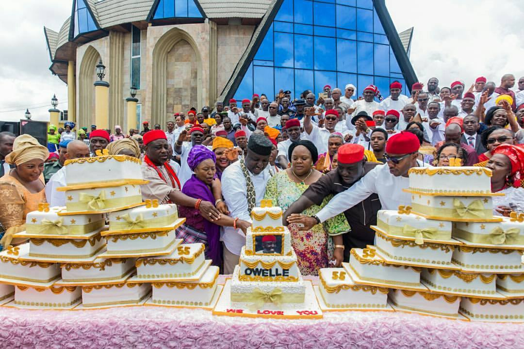 Ten states have misspent the bailout funds and the Paris Club refund, according to Nigeria Labour Congress (NLC) & are owing salaries of workers.