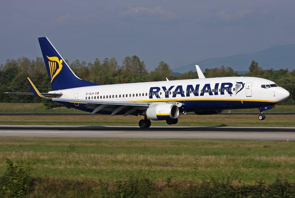 This @ryanair flight was not #cancelled! #Touchdown at @BaselAirport    http://www. joelvogt.net/aviation/spott erbrowser/imgview.php?id=14483 &nbsp; …   #avgeek #aviation #Ryanair #BSLmovements <br>http://pic.twitter.com/mfquyualz1