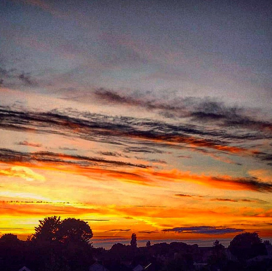 Mighty sunset here in Athlone this eve. All set for day one of #Plough...
