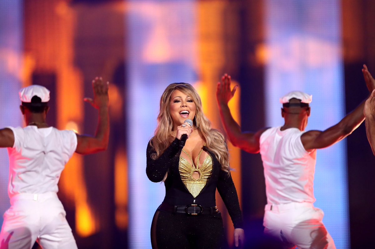 Legendary. Iconic. @MariahCarey. #HipHopHonors https://t.co/Ydt5q95SlW