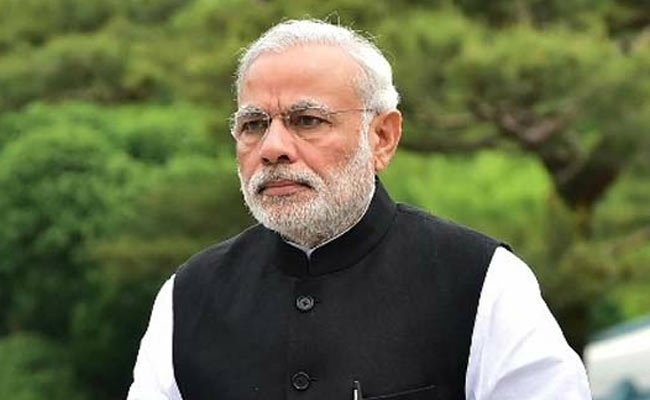 PM @narendramodi to meet Finance Minister and other top officials today to take stock of #economy and discuss measures to bolster growth. <br>http://pic.twitter.com/Sfg7a3fuvT