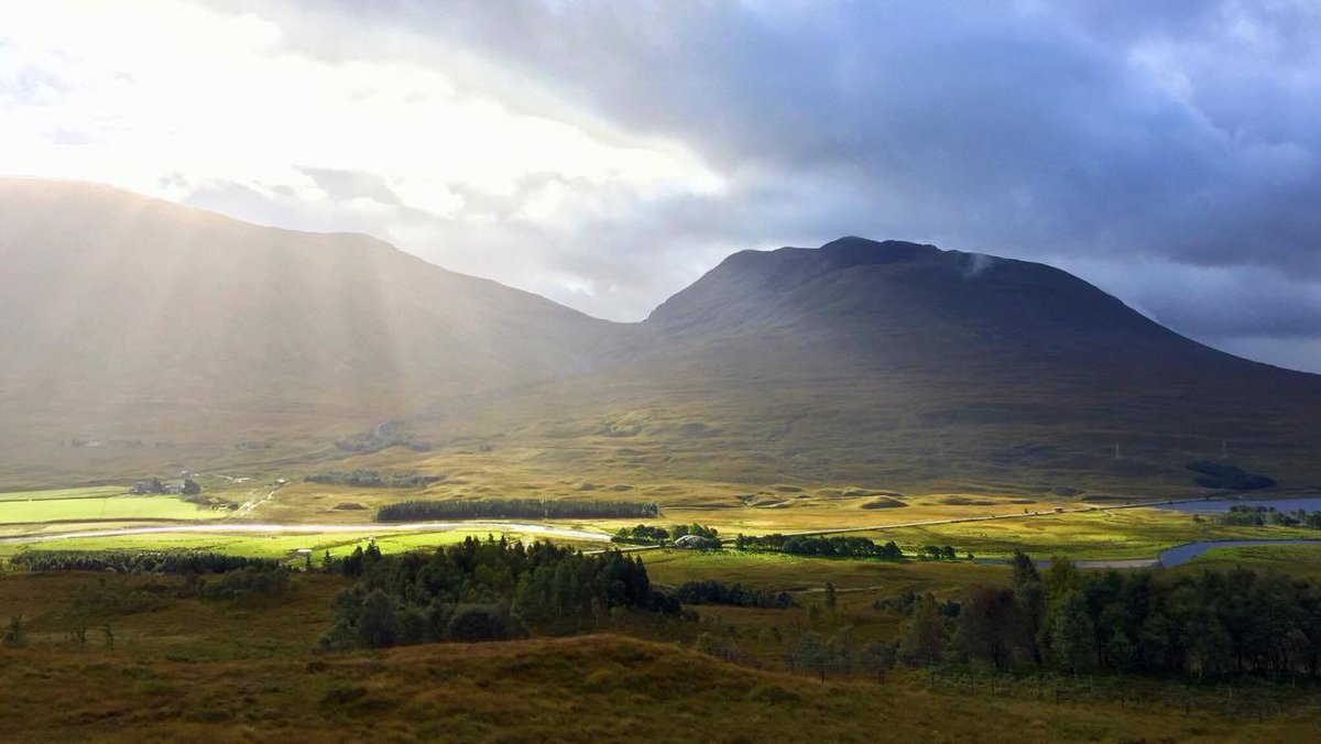 #Scotland. It may not be sunny all the time but when it is it's glorio...