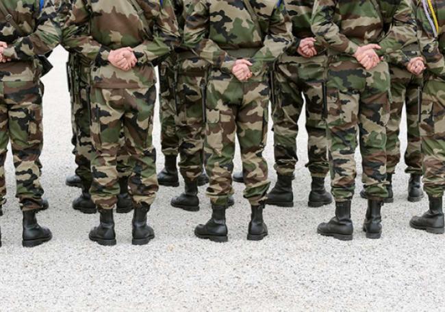 Des généraux français accusent l'Etat de vouloir les faire taire >> https://t.co/QJ6LE0Qs1j