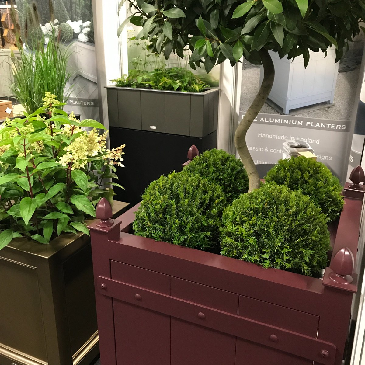 Looking forward to seeing everyone today @LandscapeEvent. Stop by B23 to see the new metallics. #planters #aluminiumplanters #madeinengland<br>http://pic.twitter.com/KrAKwaSsoe
