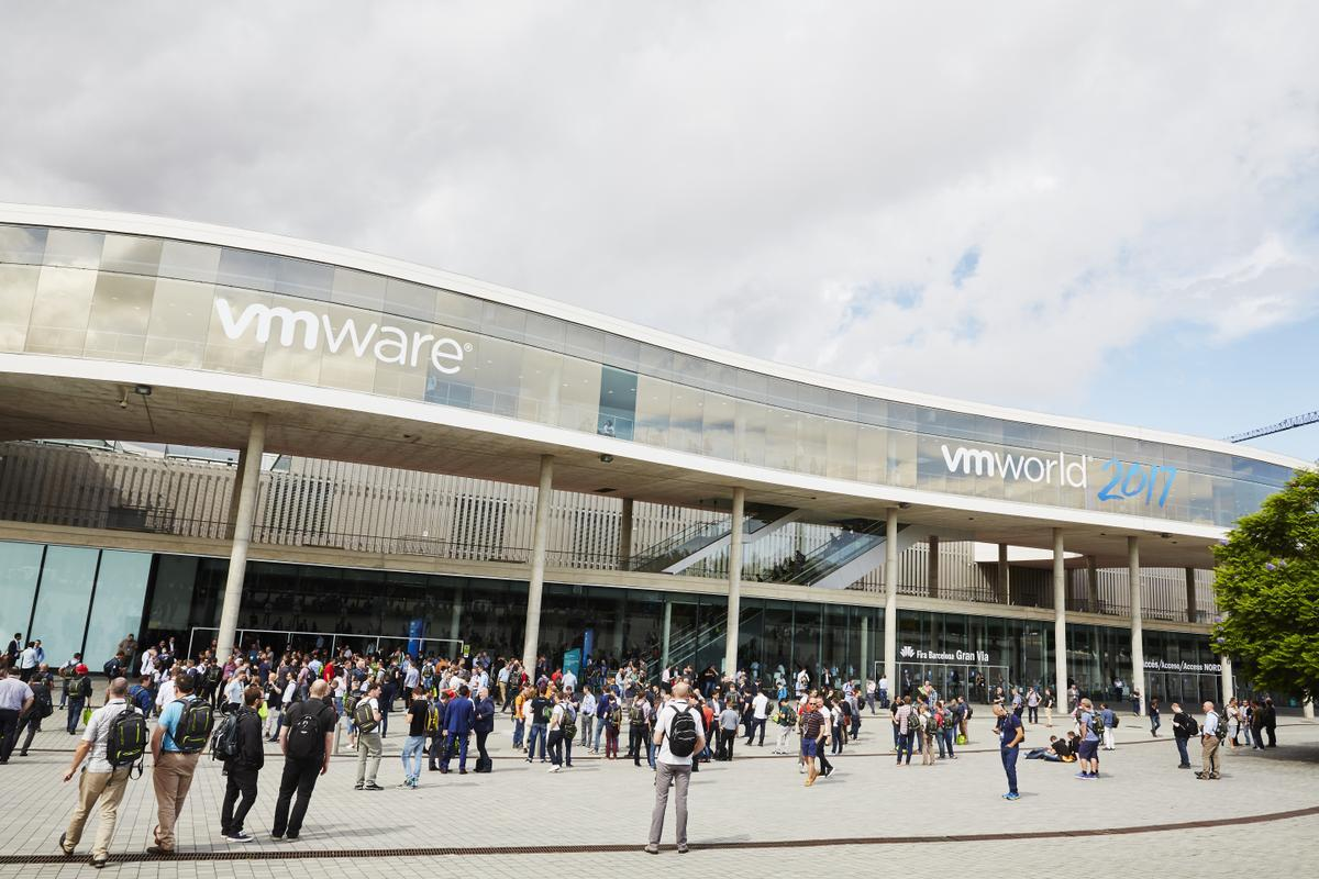 Here&#39;s a look at the news and announcements coming from #VMworld 2017 Europe and the impact they will have:  http:// bit.ly/2xamDdR  &nbsp;  <br>http://pic.twitter.com/3ybVOgaSSv