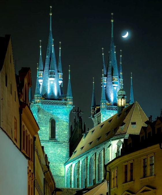 The church of Our Lady before Týn at night, Old Town, Prague, Czechia  #explore #travel #Prague #VisitCzechia #Czechia #moonlight #night<br>http://pic.twitter.com/GB0HxcCibk