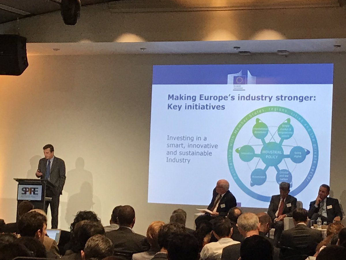 Slawomir Tokarski: new approach to #skills in terms of #valuechains driven by #industry @SPIRE2030 #energyefficiency #dggrow<br>http://pic.twitter.com/IzZ5WYRP4v
