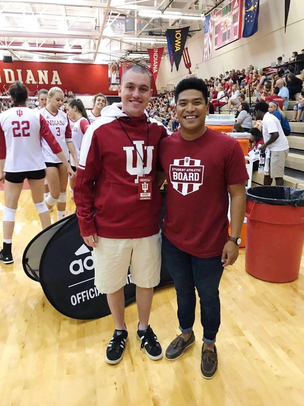Great to see our two @IndianaUniv Interns together! We miss you guys! https://t.co/jnHdBOohif